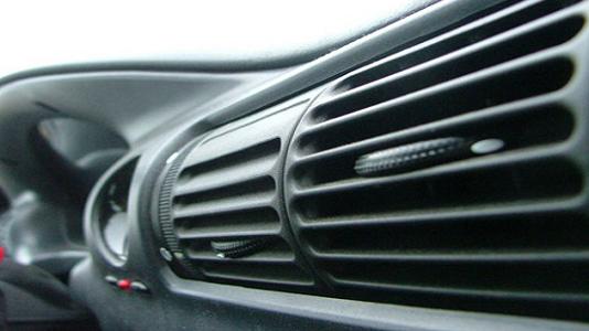 Rahasia Agar AC Mobil Tetap Awet 3