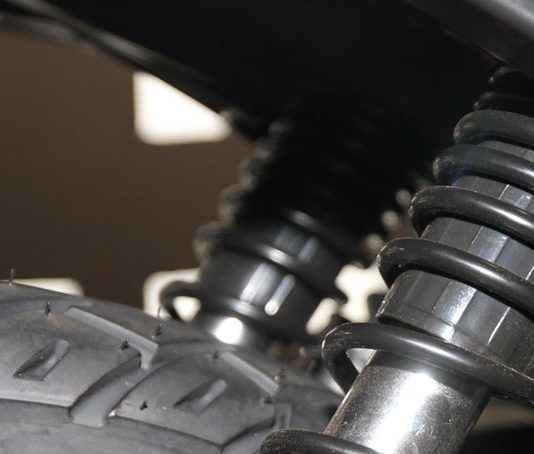 suspensi-belakang-motor